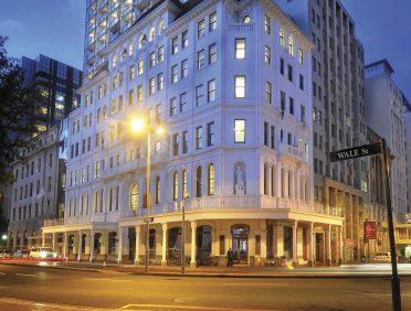 THE TAJ HOTEL, CAPE TOWN
